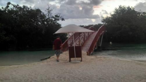 cenotes hike 8